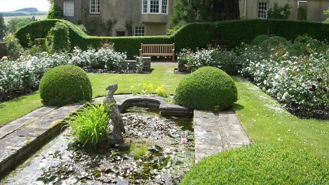 Newbrough Lodge Red Cross Garden