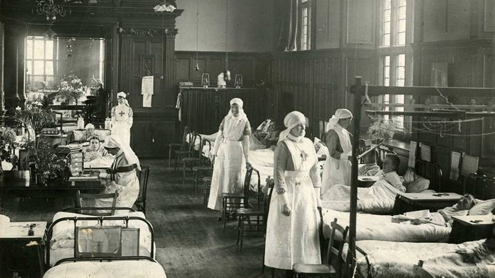British Red Cross nurse volunteers